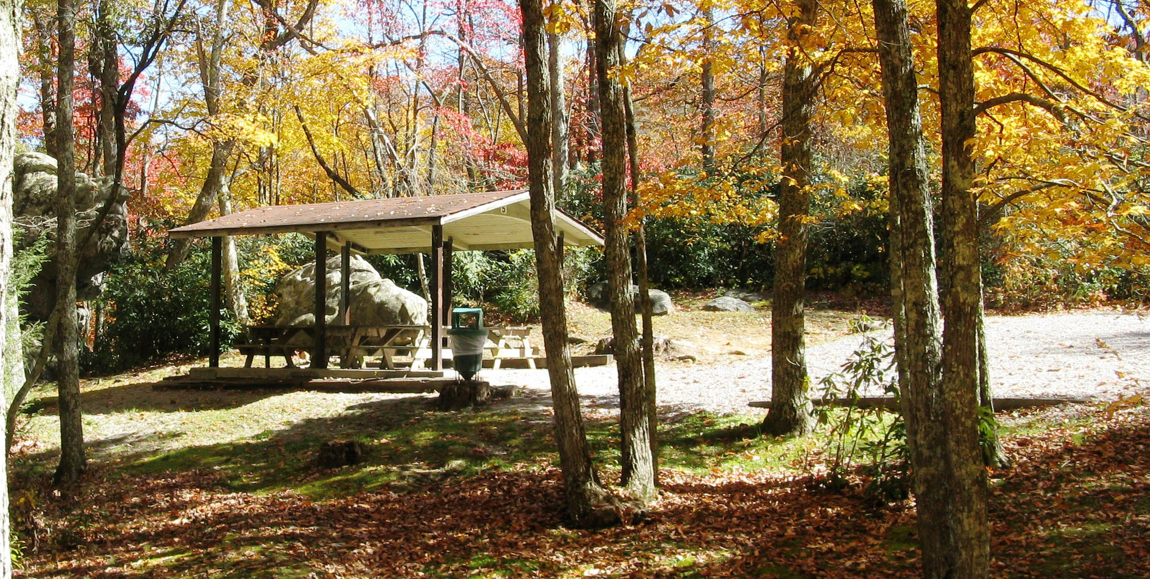 Picture of picnic shelter at Flag Rock Recreation Area